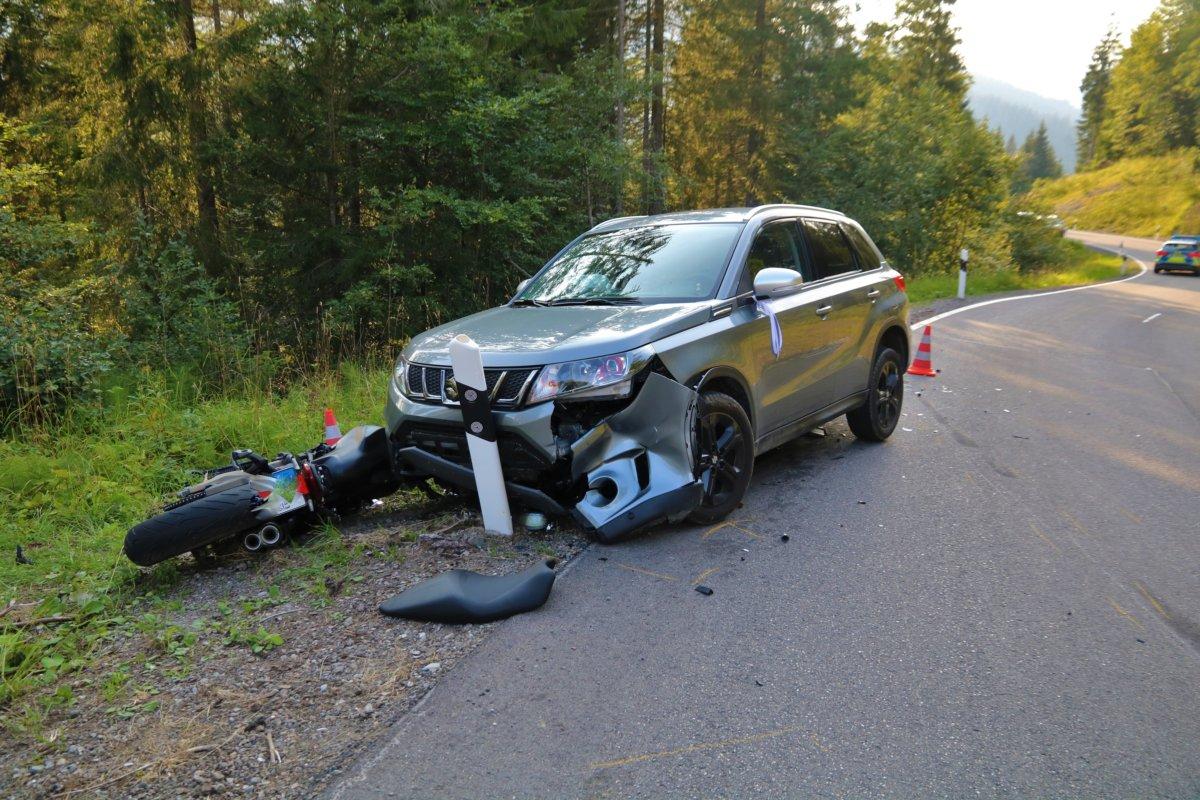 IMG_4345 Oberallgäu |23-Jährger Motorradfahrer auf dem Riedbergpass bei Balderschwang schwer verletzt News Oberallgäu Polizei & Co Region Balderschwang Riedbergpass Unfall |Presse Augsburg