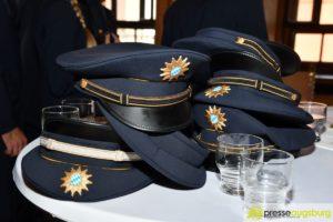 Bayerische Polizeidienststellen werden verstärkt - Über 100 fertig ausgebildete Beamte für Schwaben