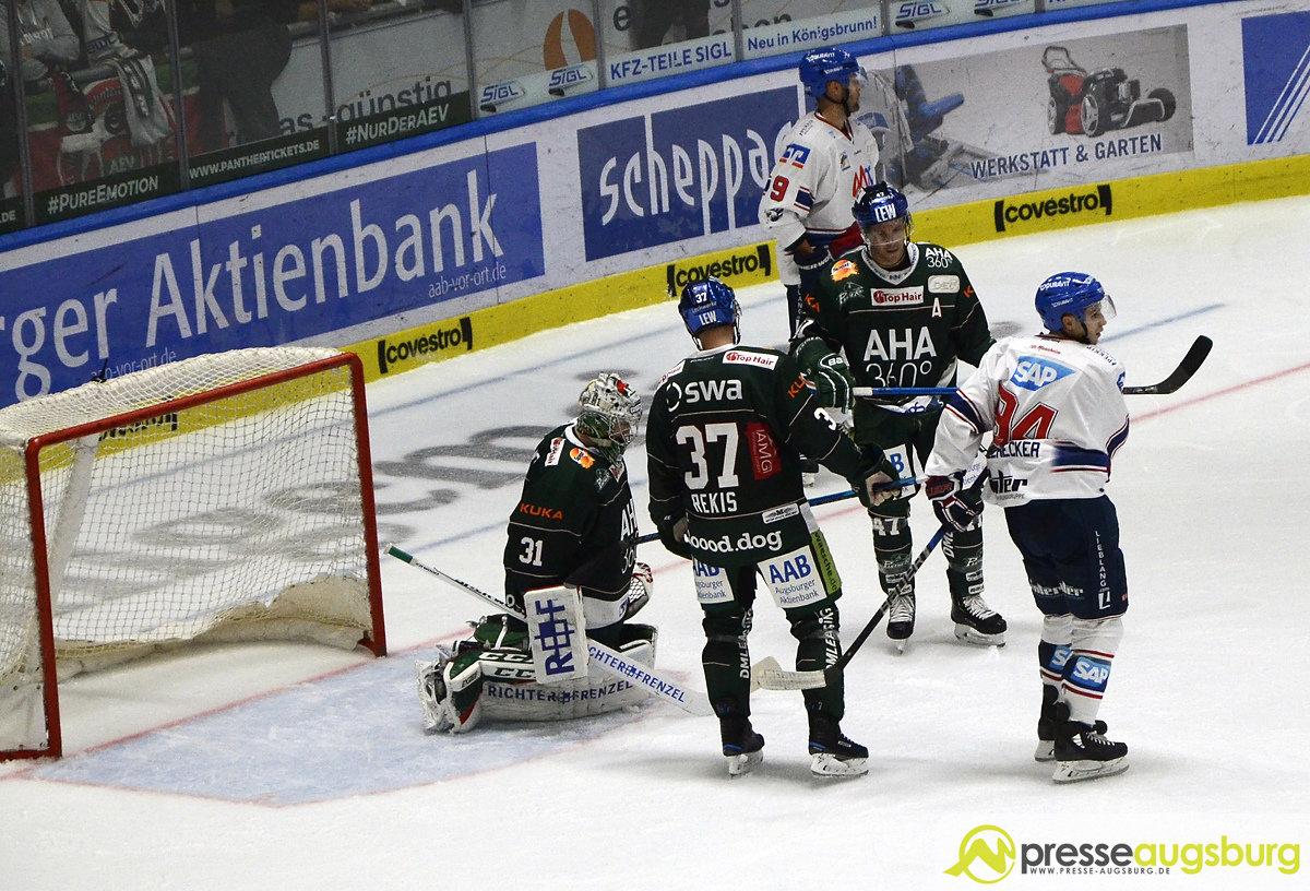 AEV_MAN_002 Im ersten Heimspiel setzte es für die Panther eine saftige 1:5-Klatsche gegen Mannheim Augsburger Panther News Newsletter Sport |Presse Augsburg