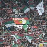 fca_gladbach_025-1-150x150 Der FC Augsburg versäumt es gegen Gladbach nachzulegen und muss sich mit einem 1:1 begnügen Augsburg Stadt Bildergalerien FC Augsburg News Newsletter Sport Bilder FC Augsburg Gladbach WWK Arena |Presse Augsburg