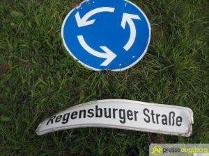 Gersthofen | Lastwagen rast im GVZ über einen Kreisverkehr - Fahrer wird bei Unfall getötet