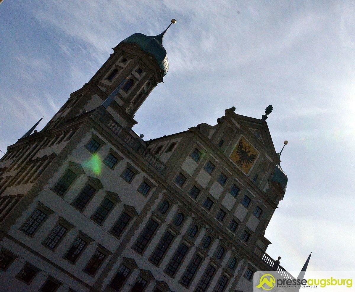 Augsburg Rathaus1
