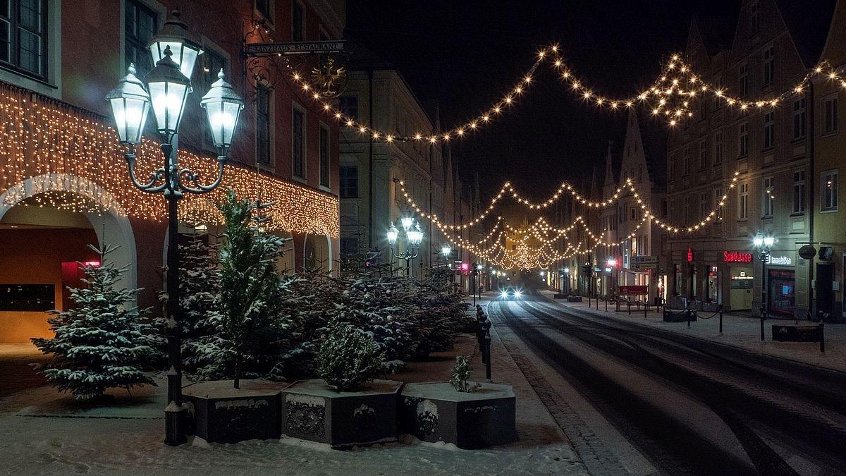 Ab Wann Weihnachtsbeleuchtung.Weihnachtsbeleuchtung In Den Startlöchern Donauwörth Leuchtet Ab