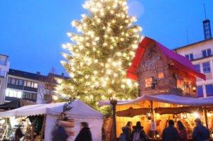 Vorweihnachtliche Reise in die Vergangenheit - der Mittelalterliche Weihnachtsmarkt Neu-Ulm öffent am Freitag