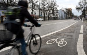 Fahrradstadt Augsburg   Neue Radfahrstreifen in Lechhausen und der Innenstadt