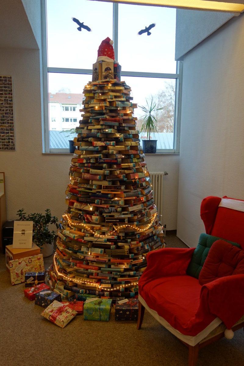Bücherbaum E1545067951304