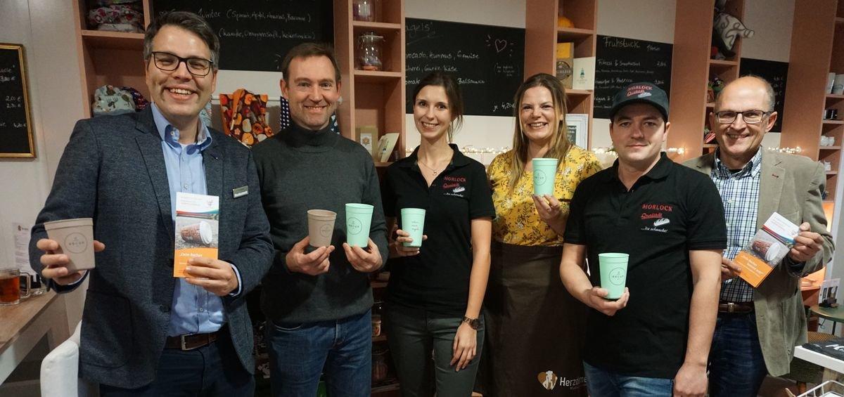 Pm 310 2018 Landkreis Wirbt Für Kaffeebecher Pfand System