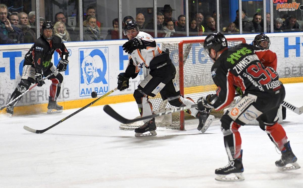 Reihen Blamble Vorstellung | EHC Königsbrunn mit Niederlage gegen Schlusslicht Pegnitz Landkreis Augsburg mehr Eishockey News Sport Bayernliga EHC Königsbrunn EV Pegnitz |Presse Augsburg