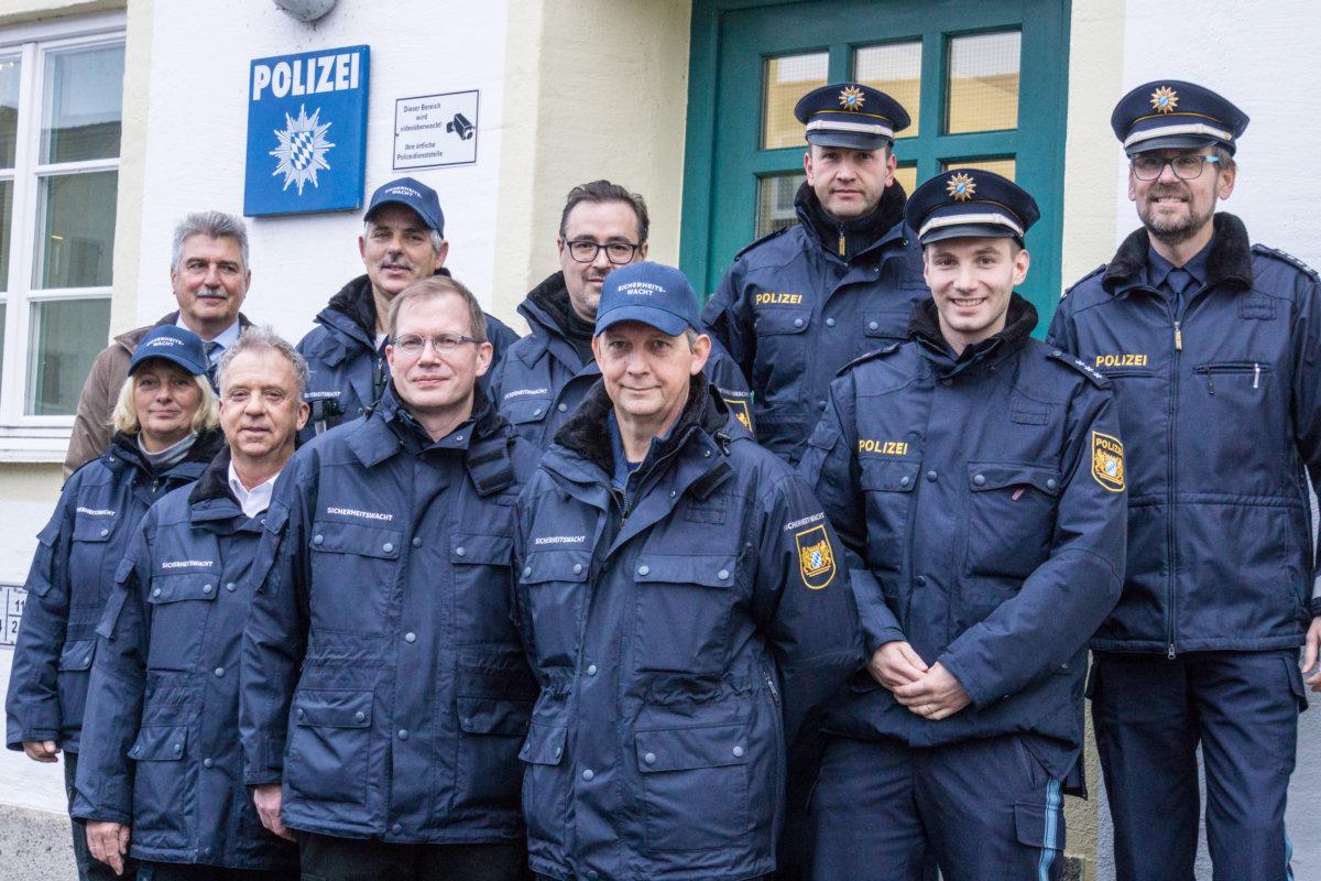 Sicherheitswacht-1 Sicherheitswacht der Polizei in Landsberg am Lech hat ihre Arbeit aufgenommen Bayern Landsberg am Lech Vermischtes Landsberg am Lech Sicherheitswacht |Presse Augsburg