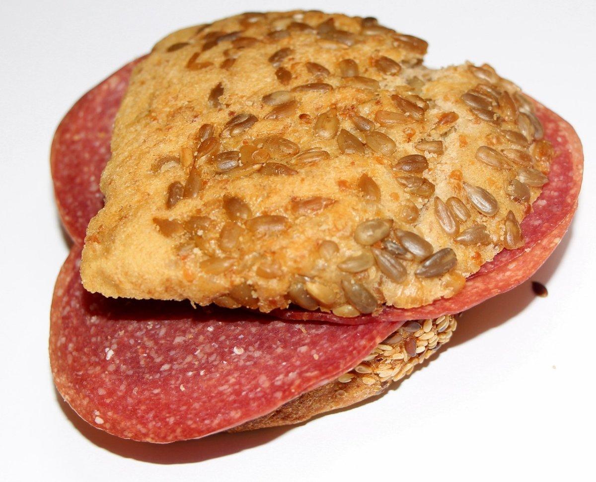 Bread 835981 1280