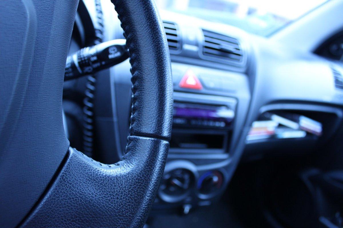 Auto 166753 1280