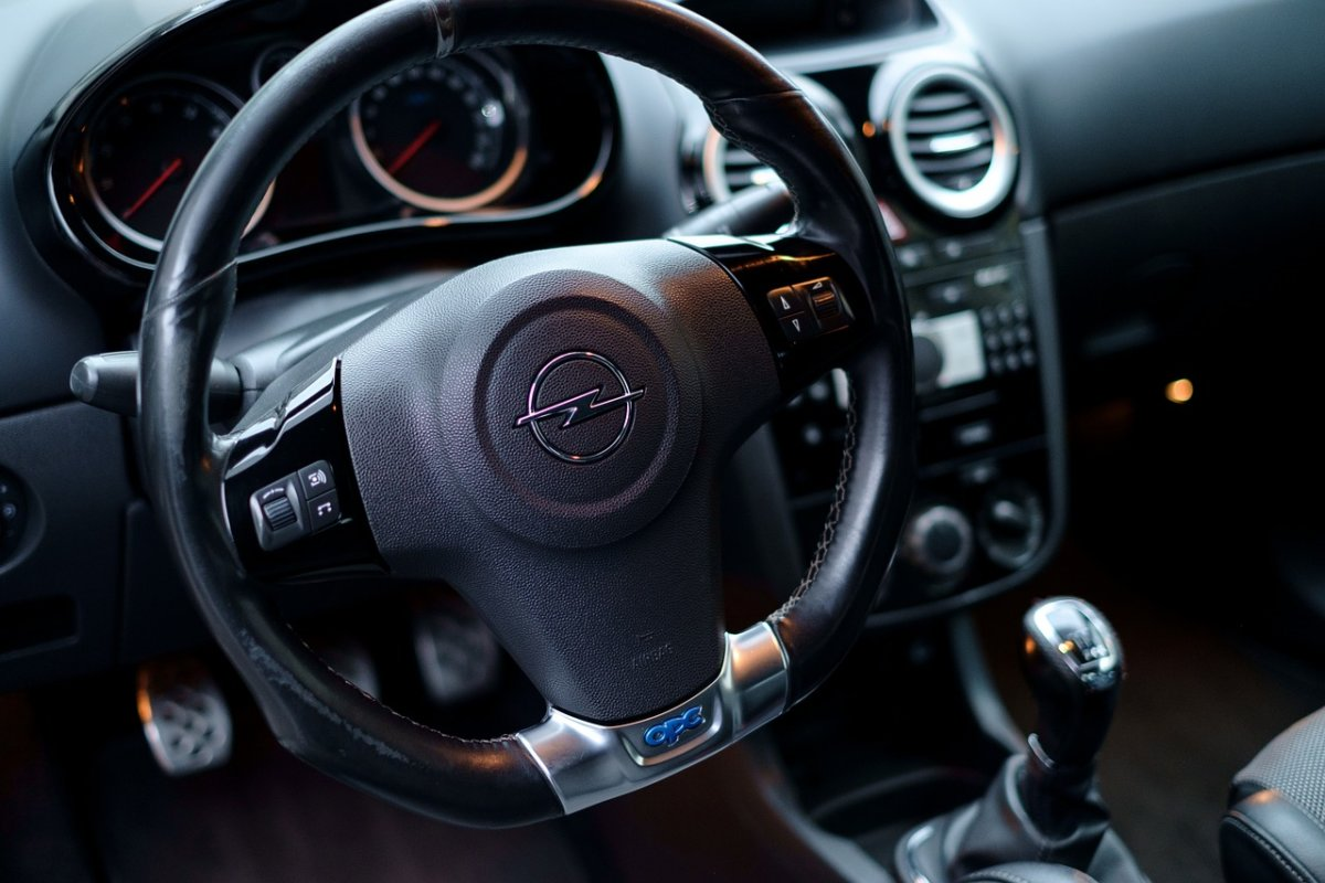 Car 2206446 1280