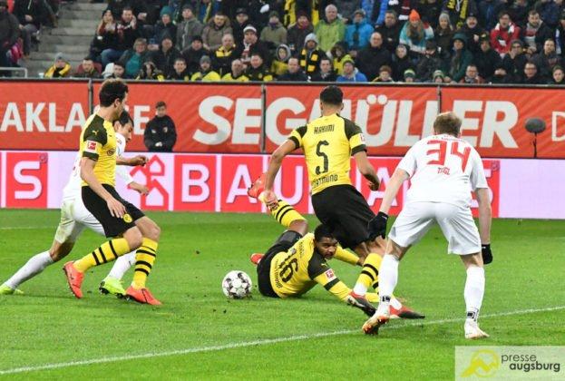 fcabvb006-623x420 Doppelpack von Ji! Der FC Augsburg mit Heimsieg gegen Dortmund Augsburg Stadt Bildergalerien FC Augsburg News Newsletter Sport #fcabvb 1. Bundesliga Bundesliga DFL |Presse Augsburg