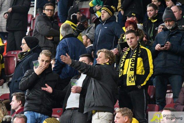 fcabvb014-630x420 Doppelpack von Ji! Der FC Augsburg mit Heimsieg gegen Dortmund Augsburg Stadt Bildergalerien FC Augsburg News Newsletter Sport #fcabvb 1. Bundesliga Bundesliga DFL |Presse Augsburg