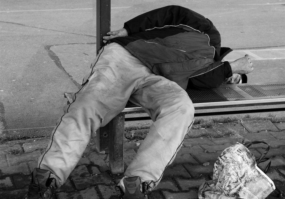 homeless-1204653_1920 Augsburg | Unbekannter brennt schlafendem Obdachlosen Loch in Schlafsack Augsburg Stadt News Newsletter Polizei & Co |Presse Augsburg