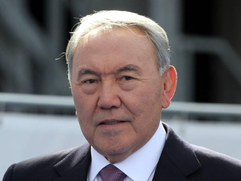 Kasachstans Praesident Kuendigt Ruecktritt An