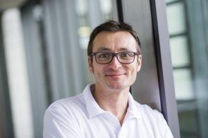 Patientenvortrag-Knackpunkt-Knie-Bewegung-zählt-Mathias-Lonsing Knackpunkt Knie: Bewegung zählt |Presse Augsburg