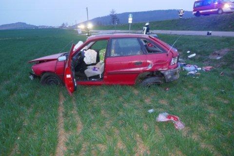 VU-13.04.-B25 Harburg |22-Jährige wird bei Unfall auf B25 verletzt Donau-Ries News Polizei & Co B25 Harburg Unfall |Presse Augsburg