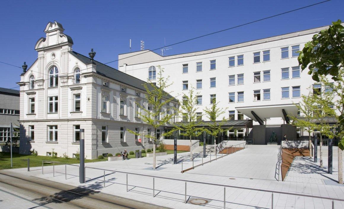 Vortrag-am-04.04.2019-Daumen-hoch-für-gesunde-Hände-e1553077971344 Events Übersicht |Presse Augsburg