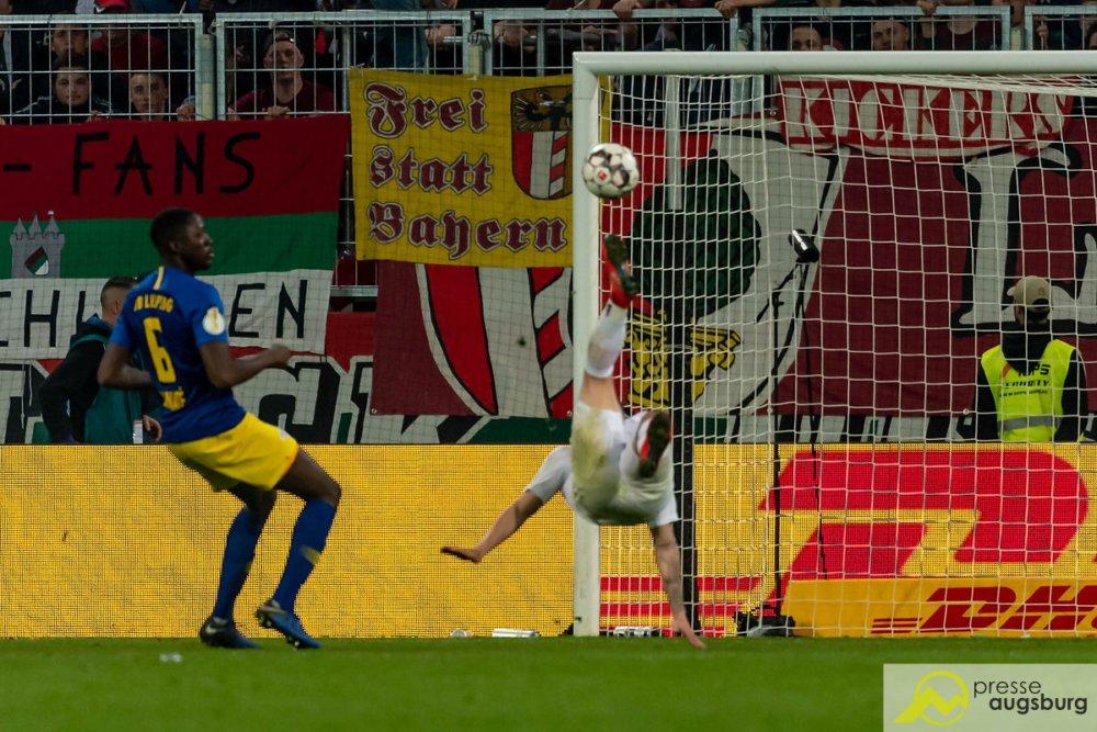 fca_rbl005 Der FC Augsburg verliert nach 120 packenden Pokal-Minuten mit 1:2 gegen RB Leipzig FC Augsburg News Sport #fcarbl DFB DFB Pokal FC Augsburg Puppenkiste Rasenballsport RB Leipzig viertelfinale |Presse Augsburg