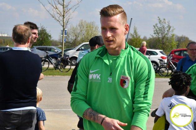 fca_training_020-630x420 Bildergalerie |Der FC Augsburg macht sich fit für Stuttgart Augsburg Stadt Bildergalerien FC Augsburg News Sport |Presse Augsburg