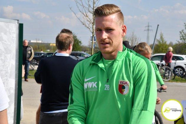 fca_training_021-630x420 Bildergalerie |Der FC Augsburg macht sich fit für Stuttgart Augsburg Stadt Bildergalerien FC Augsburg News Sport |Presse Augsburg
