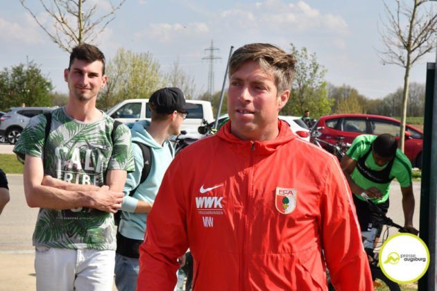 fca_training_023-630x420 Bildergalerie |Der FC Augsburg macht sich fit für Stuttgart Augsburg Stadt Bildergalerien FC Augsburg News Sport |Presse Augsburg