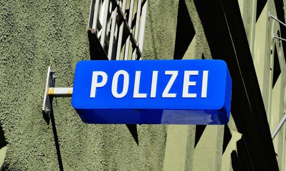 police-1530531_1280 Sonthofen | Vermisster Läufer wieder wohlbehalten aufgefunden News Oberallgäu Polizei & Co Hörnerlauf Personensuche Polizei Sonthofen Vermisst |Presse Augsburg