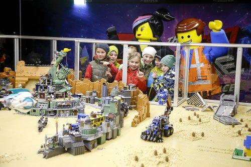 02_The-LEGO-Movie-Experience Gewinnspiel | Trefft die LEGO Lieblinge! - LEGOLAND Deutschland-Tickets in der Verlosung Bildergalerien Gewinnspiele Günzburg News Newsletter Günzburg Legoland |Presse Augsburg