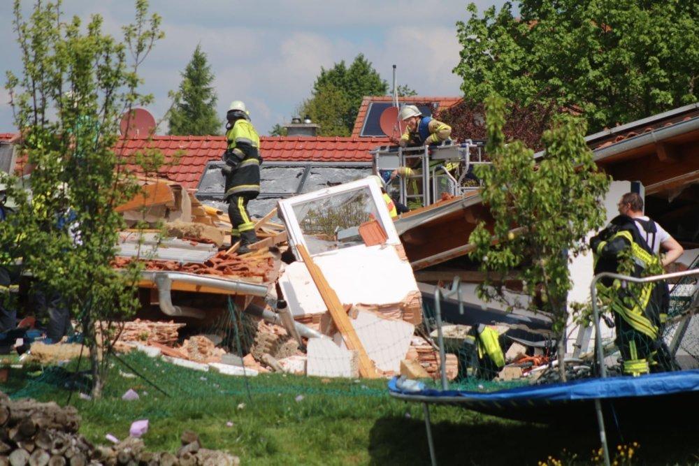 4DAA6C73-855D-46E3-8BAC-1437B6BC195D Explosion im Allgäu - 4 Menschen vermisst News Ostallgäu Polizei & Co Explosion Rettenbach |Presse Augsburg