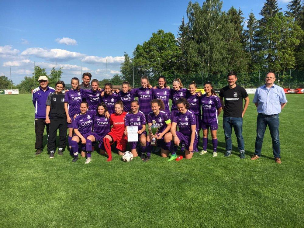 Bezirks-Pokalsieger-2019 TSV Schwaben-Juniorinnen sichern sich das Double Augsburg Stadt Günzburg mehr Fußball SV Wattenweiler TSV Schwaben Augsburg |Presse Augsburg
