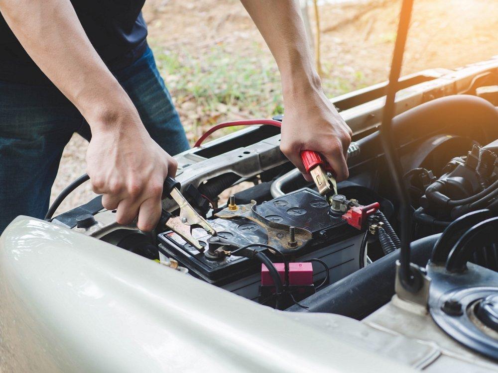 7 Autobatterie © Nut Adobestock 164600037