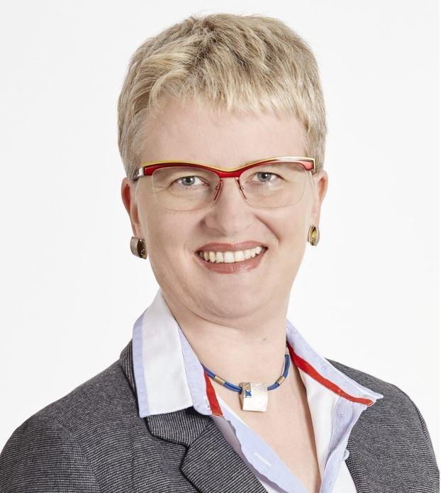 eberle-pro-augsburg Claudia Eberle tritt als Oberbürgermeister-Kandidatin für Pro Augsburg an Augsburg Stadt News Politik 2020 Claudia Eberle Kommunalwahl Pro Augsburg |Presse Augsburg