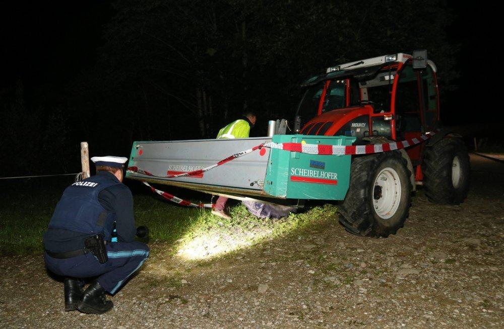 IMG_2753 Tödliche Spritztour im Allgäu | 13-jähriger Traktorfahrer überrollt zwei Freunde - beide Kinder sterben News Newsletter Oberallgäu Polizei & Co Balderschwang Kinder sterben Lenzenalp Traktor Unfall Wald |Presse Augsburg