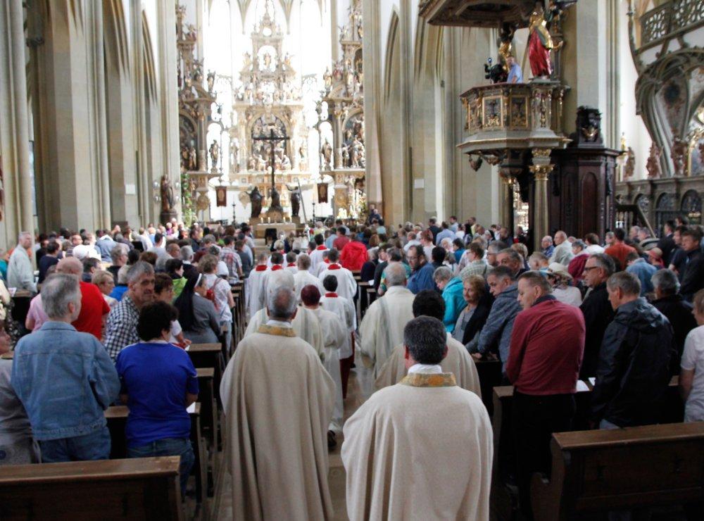 Ulrichs Gottesdienst20Mmb 220Einzug