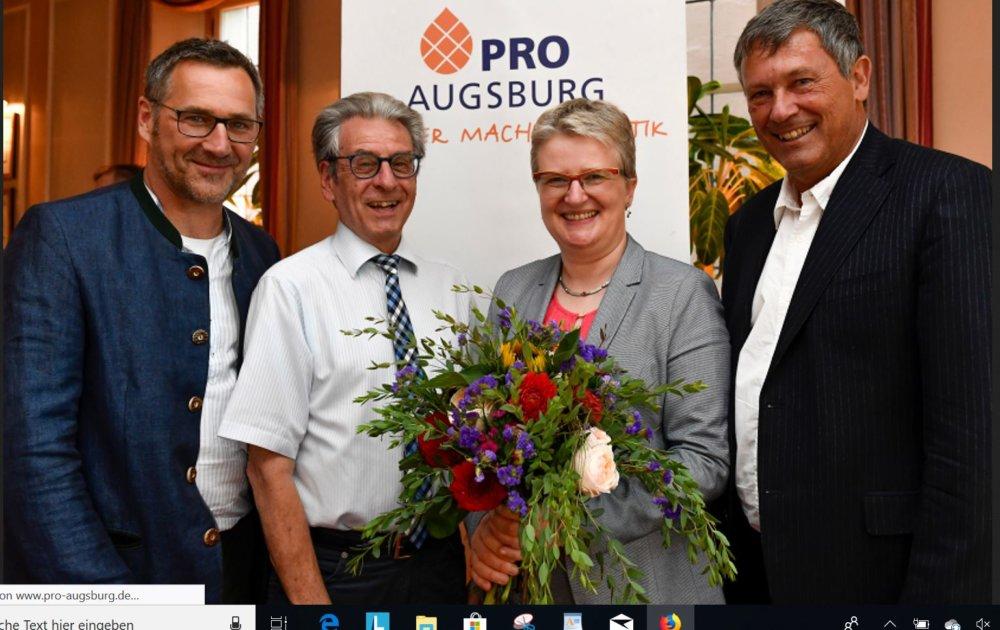 Unbenannt-3 Jetzt offiziell: Claudia Eberle als OB-Kandidatin von Pro Augsburg nominiert Augsburg Stadt News Politik Augsburg Claudia Eberle Kommunalwahl 2020 Pro Augsburg |Presse Augsburg