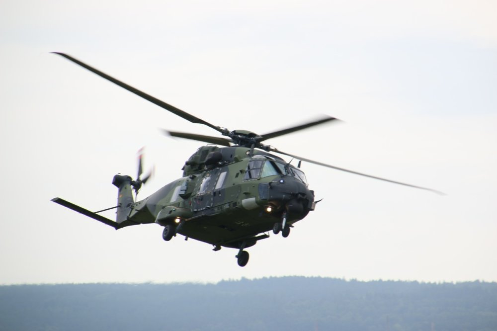 Helicopter 1450829 1280