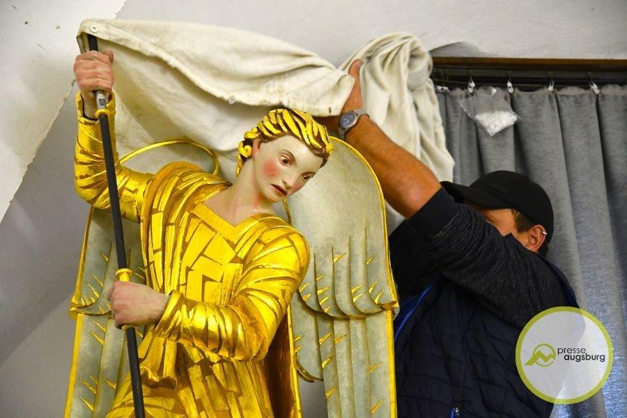 2019-09-26-Turamichele-–-06.jpg Das Turamichele zieht wieder im Augsburger Perlachturm ein Augsburg Stadt Bildergalerien Freizeit News Newsletter Augsburg Fuggerstadt Classic Kinderfest Michael Perlachturm Rathausplatz Tradition Turamichele |Presse Augsburg