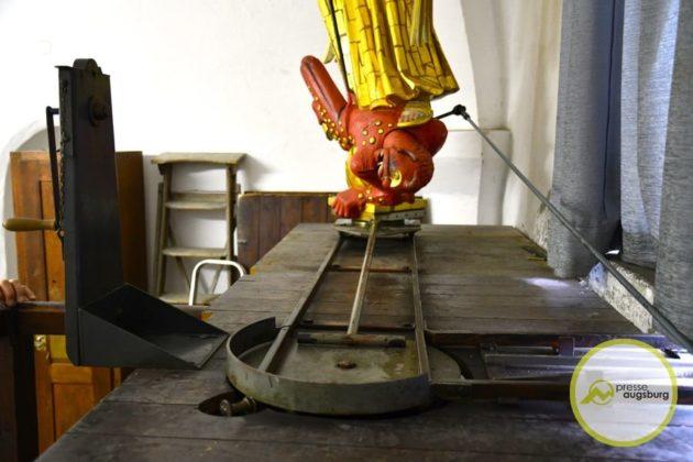 2019-09-26-Turamichele-–-17.jpg-630x420 Das Turamichele zieht wieder im Augsburger Perlachturm ein Augsburg Stadt Bildergalerien Freizeit News Newsletter Augsburg Fuggerstadt Classic Kinderfest Michael Perlachturm Rathausplatz Tradition Turamichele |Presse Augsburg