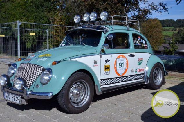 20190929_fuggerstadtclassic10.JPG-634x420 Bildergalerie | 5. Fuggerstadt Classic lockte tausende Besucher nach Augsburg und an die Strecke Bildergalerien Freizeit News Fuggerstadt Classic Oldtimer-Rallye |Presse Augsburg