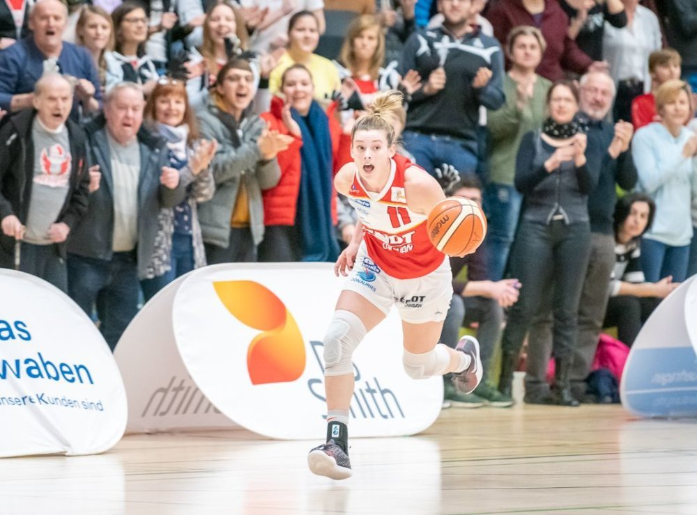 Sami-on-fire Nördlingen Angels mit Blitz-Transfer - Publikums-Liebling Samantha Hill kehrt ins Donau-Ries zurück Basketball News Donau-Ries News Sport Angels Donau-Ries Angels Nördlingen Samantha Hill |Presse Augsburg