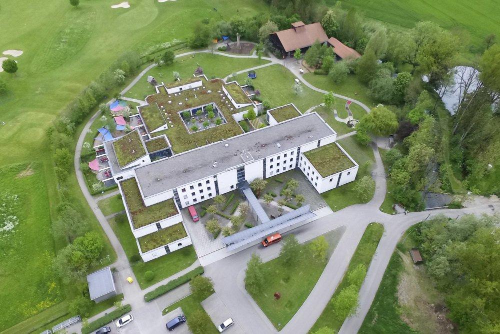 Das Hessing Förderzentrum Für Kinder Und Jugendliche Wurde Für Insg. 13...
