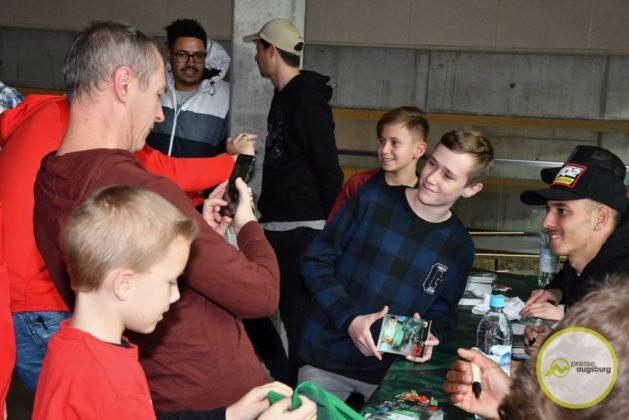 2019-12-14-FCA-Kids-Club-39-von-64.jpeg-629x420 Galerie | Weihnachtsfeier beim FCA KidsClub Augsburg Stadt Bildergalerien FC Augsburg News Sport FC Augsburg FCA FCA KidsClub |Presse Augsburg