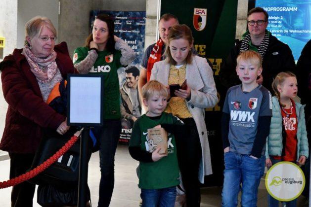 2019-12-14-FCA-Kids-Club-4-von-64.jpeg-629x420 Galerie | Weihnachtsfeier beim FCA KidsClub Augsburg Stadt Bildergalerien FC Augsburg News Sport FC Augsburg FCA FCA KidsClub |Presse Augsburg