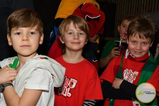 2019-12-14-FCA-Kids-Club-43-von-64.jpeg-629x420 Galerie | Weihnachtsfeier beim FCA KidsClub Augsburg Stadt Bildergalerien FC Augsburg News Sport FC Augsburg FCA FCA KidsClub |Presse Augsburg