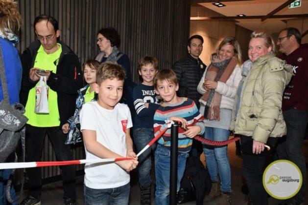 2019-12-14-FCA-Kids-Club-7-von-64.jpeg-629x420 Galerie | Weihnachtsfeier beim FCA KidsClub Augsburg Stadt Bildergalerien FC Augsburg News Sport FC Augsburg FCA FCA KidsClub |Presse Augsburg