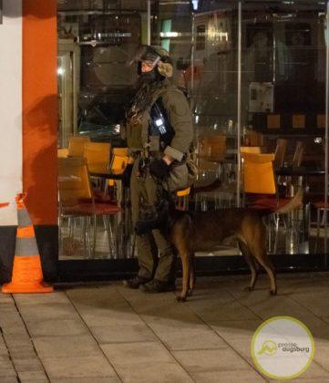 0126-SEK-Einsatz-Mindelheim-6.jpg-361x420 Mindelheim | Suiziddrohung führt zu Einsatz des Polizei-Sondereinsatzkommandos Bildergalerien News Newsletter Polizei & Co Unterallgäu Altstadt Mindelheim Polizei SEK |Presse Augsburg