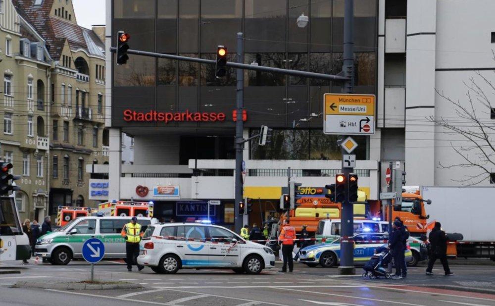 Bildschirmfoto-2020-01-07-um-11.35.03 Nahe Königsplatz |Frau wird in Halderstraße von Räumfahrzeug überfahren und stirbt Augsburg Stadt News Newsletter Polizei & Co |Presse Augsburg