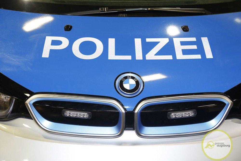 afa2020-68.jpg Kaufbeuren | Mann zielt mit Luftgewehr aus Fenster auf die Straße Kaufbeuren News Polizei & Co Gewehr Kaufbeuren Polizei |Presse Augsburg