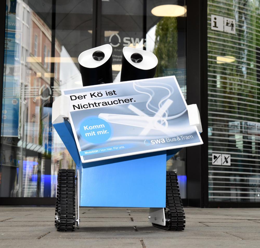 2020_02_06_swally swa*lly ist wieder für einen rauchfreien Königsplatz regelmäßig im Einsatz Augsburg Stadt Augsburg-Stadt News Wirtschaft Königsplatz Augsburg swa*lly |Presse Augsburg